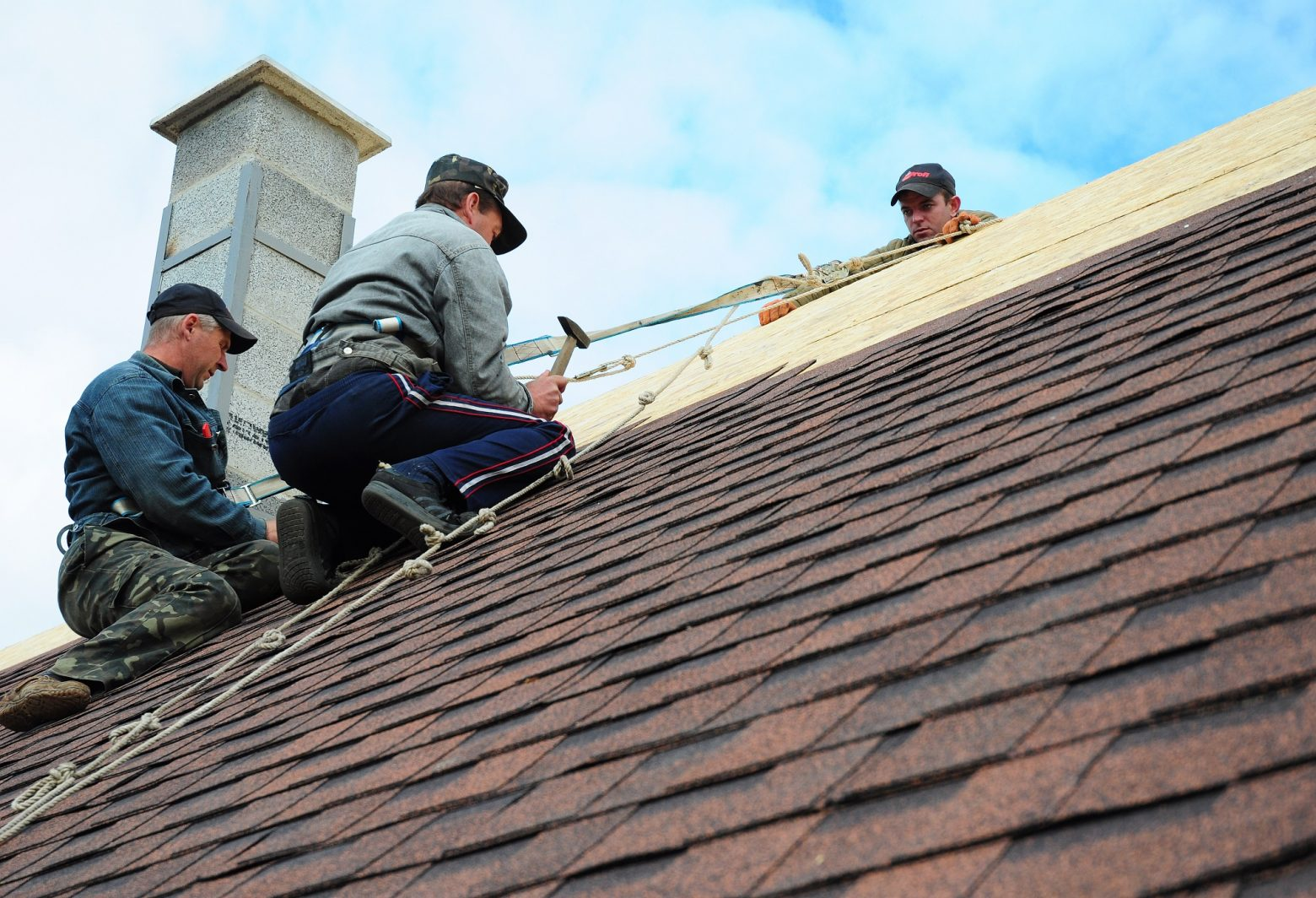 Get The Right Roofing Contractor